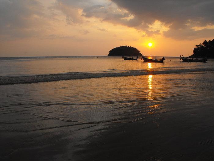 Những bãi biển tuyệt vời ở Phuket