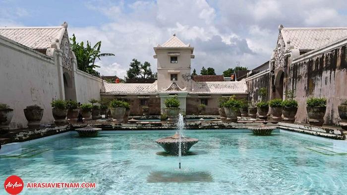 cung điện Taman Sari
