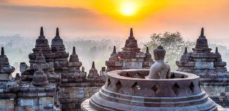 binh minh den Borobudur