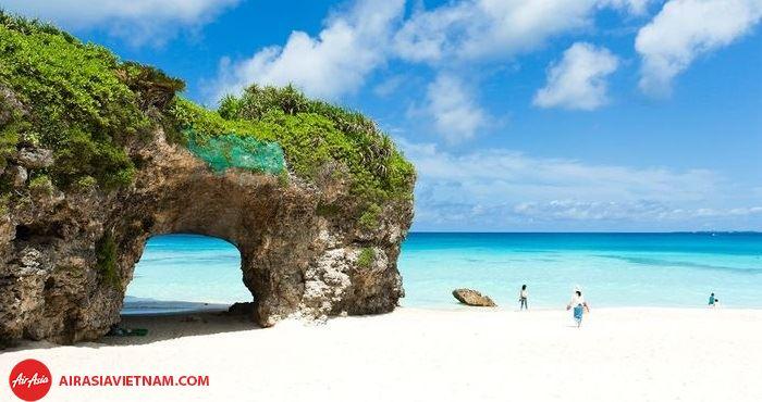 Hòn đảo Okinawa không chỉ có thắng cảnh đẹp mà còn là hòn đảo trường sinh
