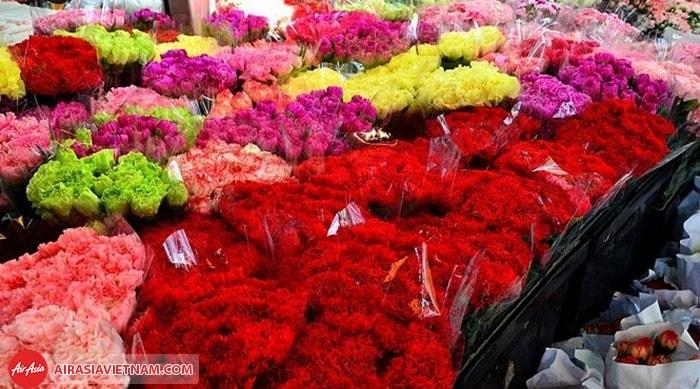 Khám phá chợ hoa lớn nhất Thái Lan