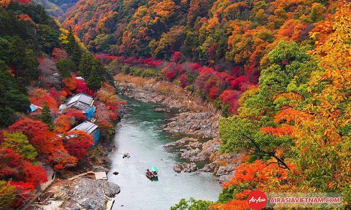 Mùa lá đỏ tại Nhật Bản