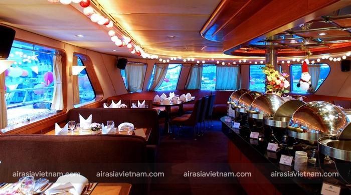 Du thuyền ăn tối trên thuyền Grand Pearl