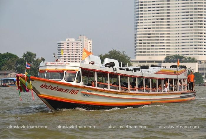 Tàu tốc hành taxi nước cờ màu da cam