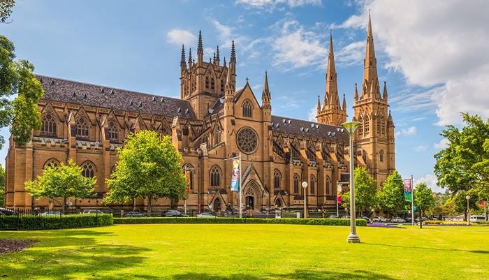Nhà thờ St Mary, nơi sinh hoạt tôn giáo của công dân thành phố