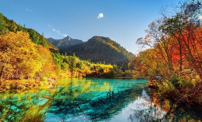 Vẻ đẹp thiên nhiên Trung Quốc vào mùa thu